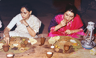 Bollywood Actress(Mrs.Jaya Bachchan & Ms. Amrita Singh)